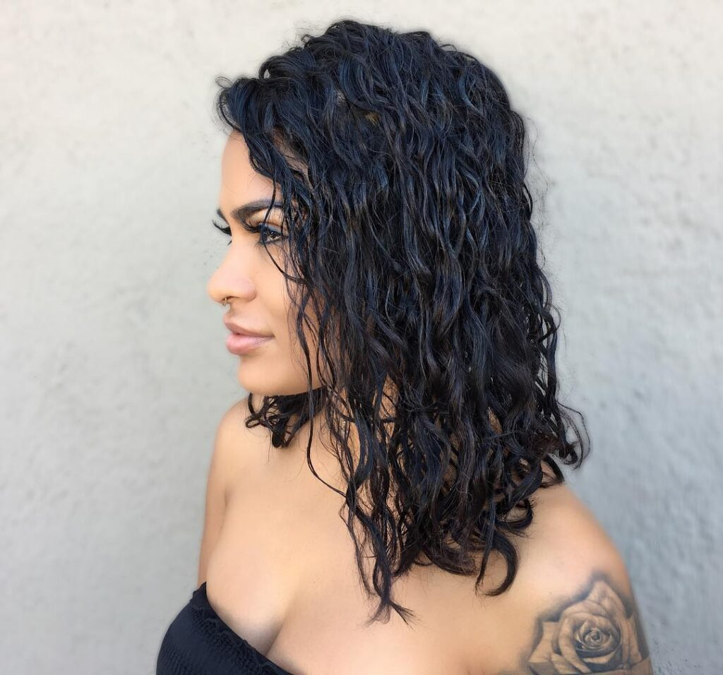 american wave perm hairstyle